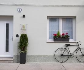 ZONA 30 Bike Guesthouse
