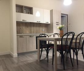 Poloni Apartment