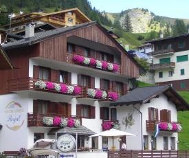Hotel Garni Royal