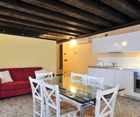 Castello di Godego Apartment Sleeps 6 Air Con WiFi