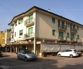 Apartment in Eraclea Mare 25695