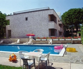 Lignano Exclusive With Pool
