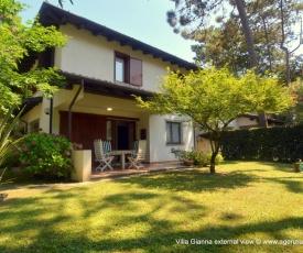 Lignano Schoene Villa mit privat Garten