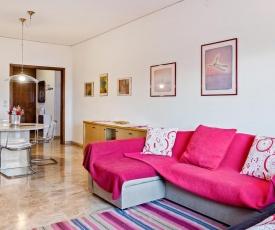 San Carlo Luminous Apartment