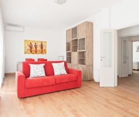 Santa Rita Roomy Apartment