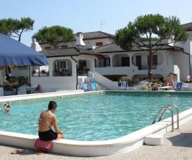 Apartments in Rosolina Mare 24945