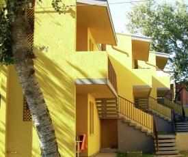 Spacious Apartment in Rosolina Mare near Sea